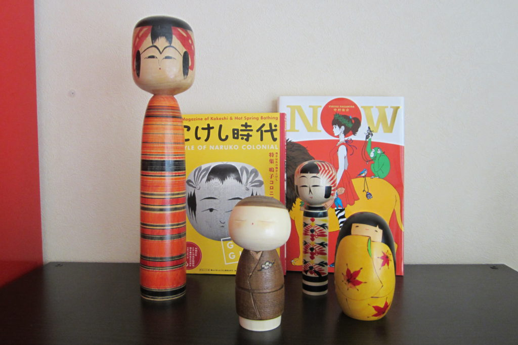 kokeshi folkeshi
